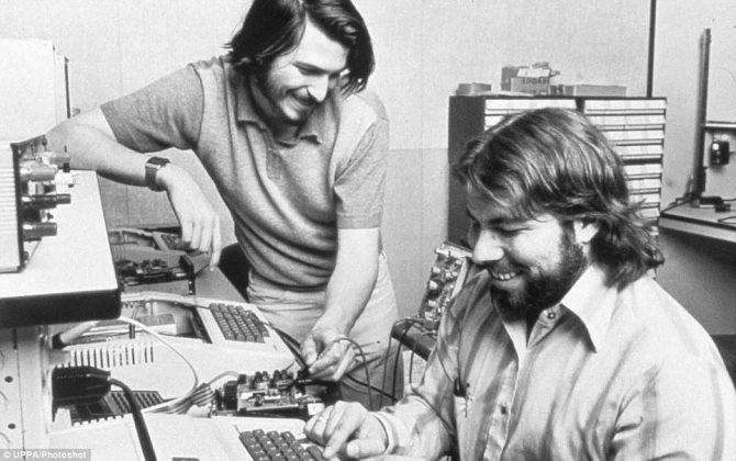 Sự nghiệp lừng lẫy của 13 tên tuổi dưới đây sẽ chứng minh cho bạn thấy rằng Apple đang sở hữu rất nhiều tài năng.