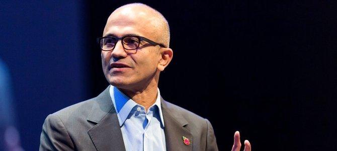 Satya Nadella đang cố dọn 'cục nợ' Nokia của Steve Ballmer