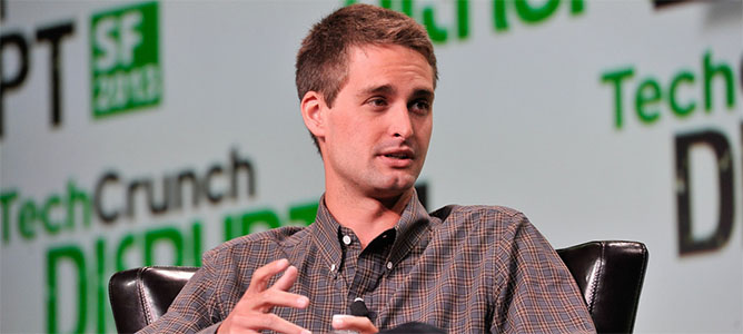 """Lý lịch """"như mơ"""" của Evan Spiegel – tỷ phú công nghệ trẻ nhất thế giới"""