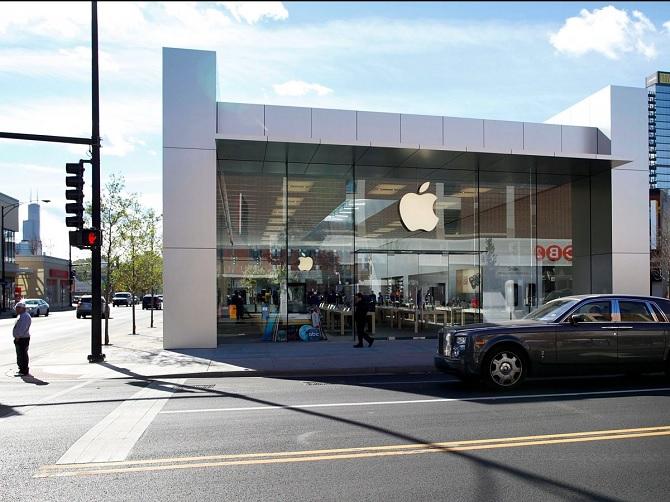 Apple thuê giám đốc sản xuất ô tô từ Fiat Chrysler