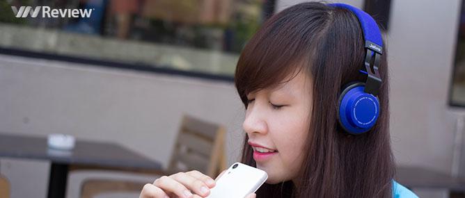 Tặng bạn đọc tai nghe Jabra Move Wireless