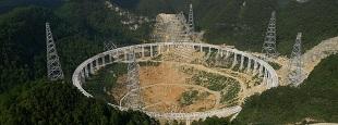 Trung Quốc lắp kính viễn vọng khổng lồ để tìm... người ngoài hành tinh