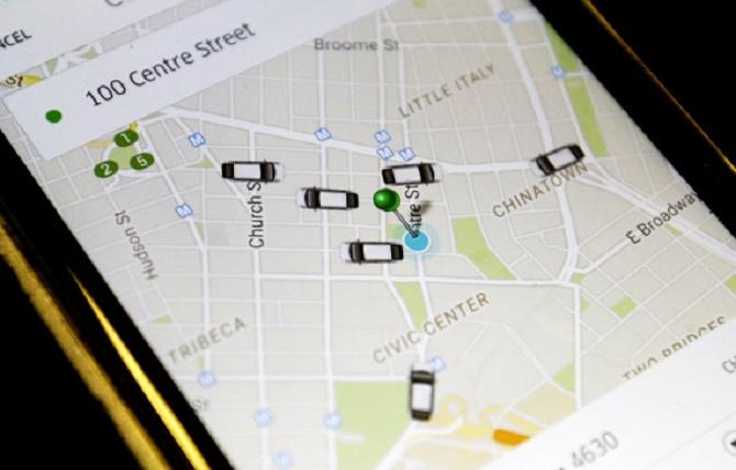 """Mỗi lần mở ứng dụng Uber, bạn có thể thấy khá nhiều xe xung quanh mình nhưng cuối cùng vẫn phải đợi tới 10 phút mới có xe đến đón. Nguyên nhân là bởi ứng dụng này cố tình đưa """"xe ảo"""" lên màn hình."""