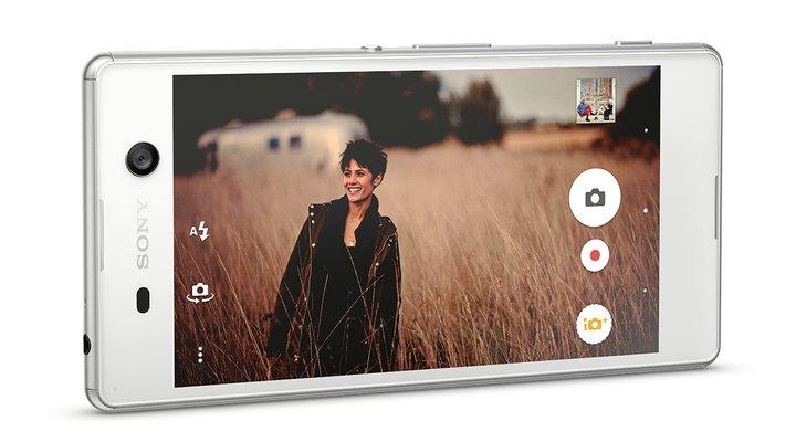 Sony ra mắt Xperia M5 với camera 'tự sướng' 13 MP