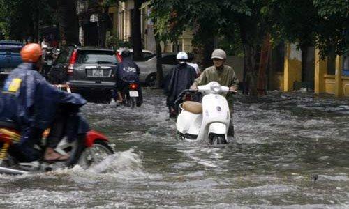 Những điều cần biết về bảo dưỡng xe cộ sau mưa bão