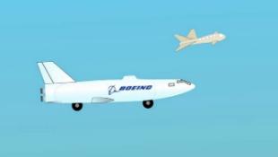 Boeing phát triển drone có thể chuyển đổi thành... tàu ngầm