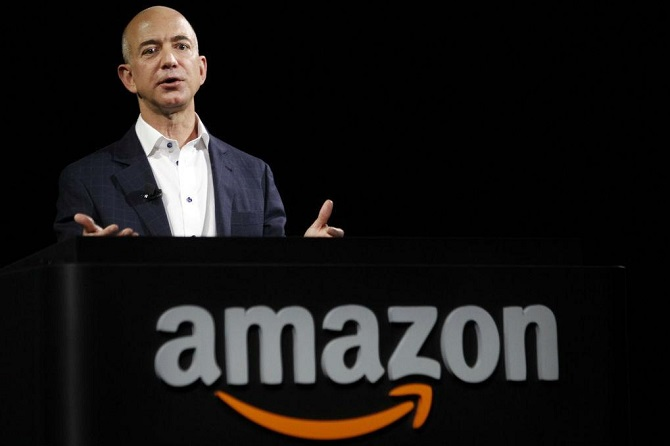 Trong một bài viết gây sững sờ cho cả thế giới công nghệ, tờ New York Times khẳng định môi trường làm việc thiếu tình người tại Amazon sẽ không cảm thông cho cả những người bị ung thư, sảy thai hay có người thân vừa qua đời.