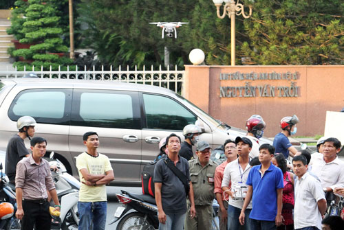 Siết chặt quản lý drone là cần thiết