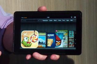 Kindle Fire, iPad 2 và Galaxy Tabs 10.1 đọ súng