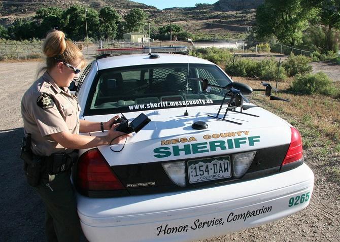 Vốn được thiết kế để hạn chế quyền trang bị vũ khí trên drone của các lực lượng hành pháp, Dự luật 1328 cuối cùng lại mở đường cho các đơn vị an ninh tại North Dakota được phép dùng vũ khí không sát thương.