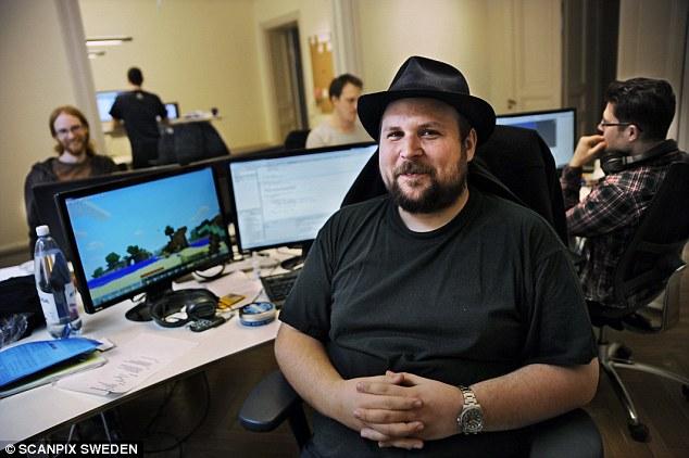 Cha đẻ của Minecraft: buồn phiền vì nhiều tiền!