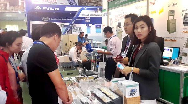 Doanh nghiệp Việt vắng bóng trong chuỗi cung ứng Samsung, LG, Intel