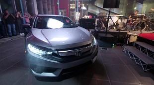 Honda làm mới thiết kế dòng Civic 2016 thế hệ thứ 10