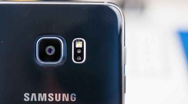 Lợi nhuận quý 3/2015 của Samsung có khả năng tụt giảm