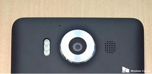 Lumia 950 và 950 XL có ba đèn flash, tích hợp cảm biến hồng ngoại