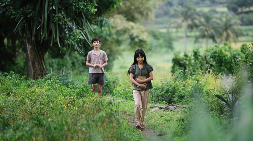 """Đánh giá phim """"Tôi thấy hoa vàng trên cỏ xanh"""" - Tìm lại tuổi thơ đã qua..."""