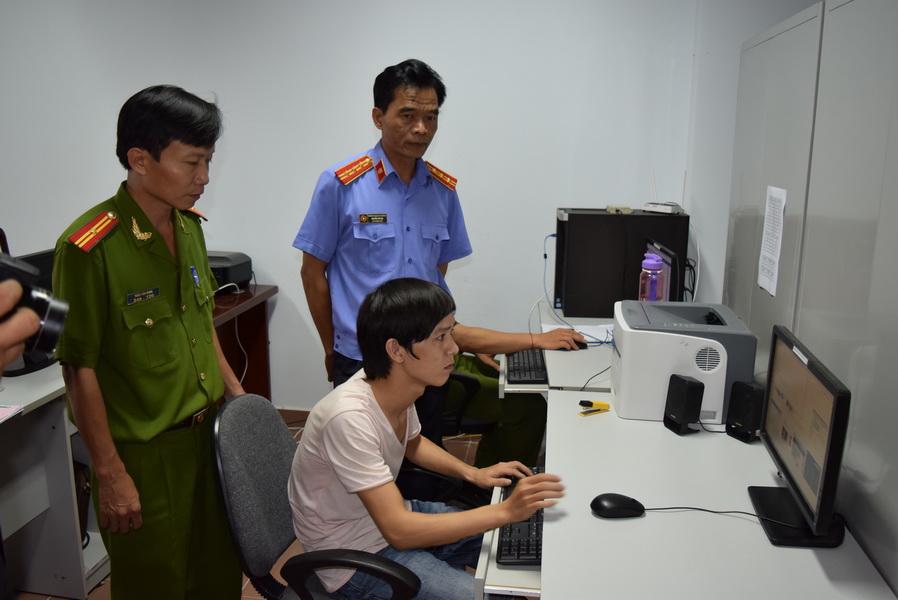 Trần Long Hạc thực nghiệm lại hành vi lừa đảo qua mạng