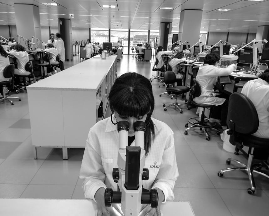 Cận cảnh mẫu đồng hồ nổi tiếng nhất thế giới của Rolex