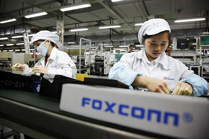Nhờ có 2 chiếc iPhone mới mà Foxconn đã đạt tới mức doanh thu 318 triệu USD trong tháng 9 vừa qua.