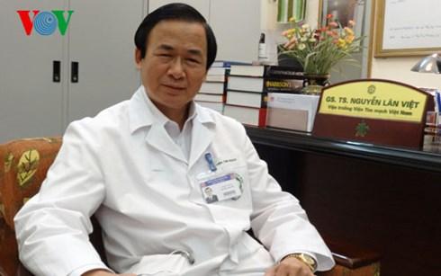 """Chủ tịch Hội Tim mạch Việt Nam: Máy lọc nước ngăn ngừa mỡ máu """"không có ý nghĩa khoa học"""""""