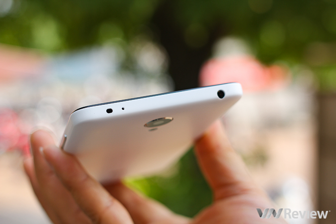 Xiaomi Redmi Note 2 và InFocus M810T so găng