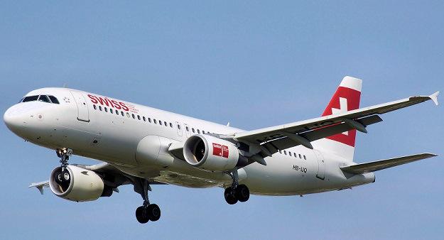 Video cất cánh, bay và hạ cánh Airbus A320 từ buồng lái