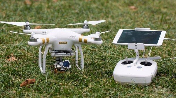 Mỹ sắp yêu cầu người dân đăng ký drone mới mua