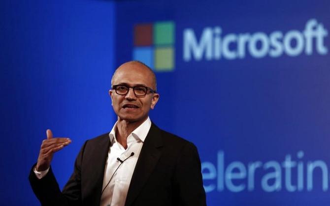 Trong ngày hôm nay, Microsoft đã công bố báo cáo tài chính cho quý 3/2015 với doanh thu sụt giảm 12% và lợi nhuận tăng 2%.