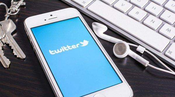 CEO Twitter tặng 1/3 số cổ phiếu cho nhân viên