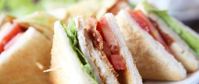 WHO: Thịt đỏ, xúc xích và thịt nguội có thể gây ung thư