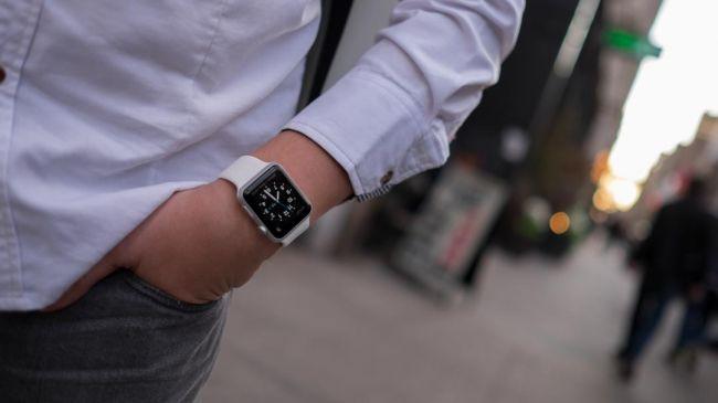Nhân viên IBM được hỗ trợ kinh phí mua Apple Watch