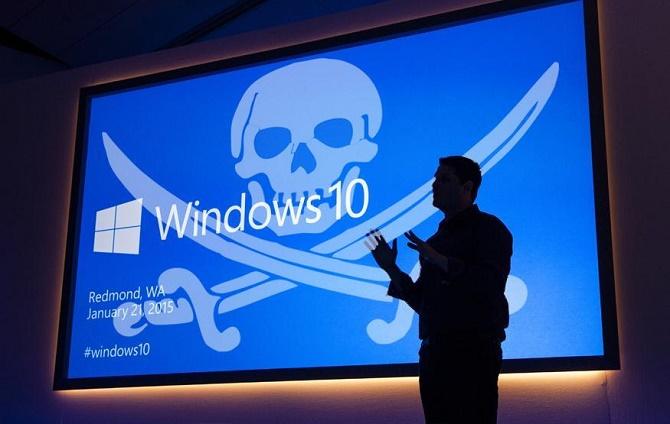 """Bên cạnh đó, Windows 10 sẽ tự động được tải về Windows 7 và Windows 8 và được coi là một bản cập nhật """"được khuyến cáo""""."""