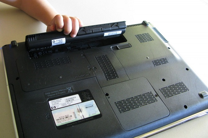 Câu hỏi lớn nhất khi sử dụng pin laptop đến nay vẫn chưa có câu trả lời thỏa đáng, thậm chí là từ chính các hãng sản xuất.