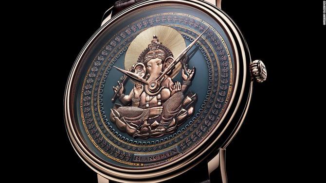 Ngắm nhìn những chiếc đồng hồ tuyệt đỉnh tại triển lãm SalonQP