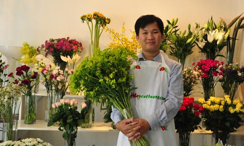Kỹ sư công nghệ thông tin bán hoa tươi kiếm 900 triệu mỗi tháng