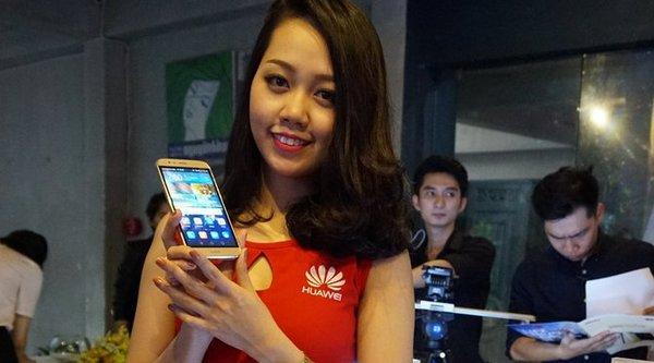 Huawei G7 Plus ra mắt với chip 8 nhân, cảm biến vân tay, giá 9 triệu đồng
