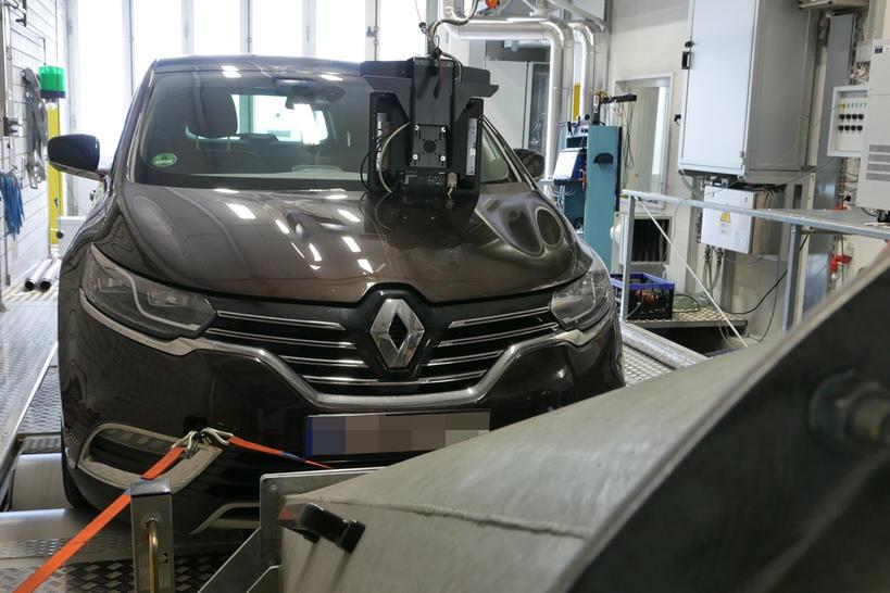 Đến lượt Renault bị cáo buộc gian lận khí thải