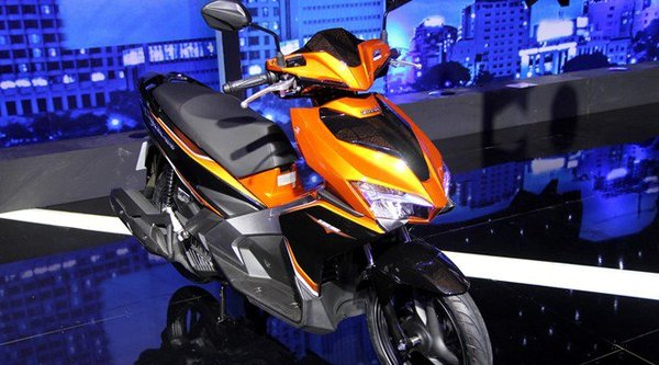 Honda Air Blade 2016 ra mắt, giá khởi điểm 38 triệu Đồng