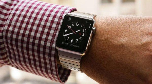 Apple sẽ bán được 12 triệu chiếc Apple Watch trong 2015?
