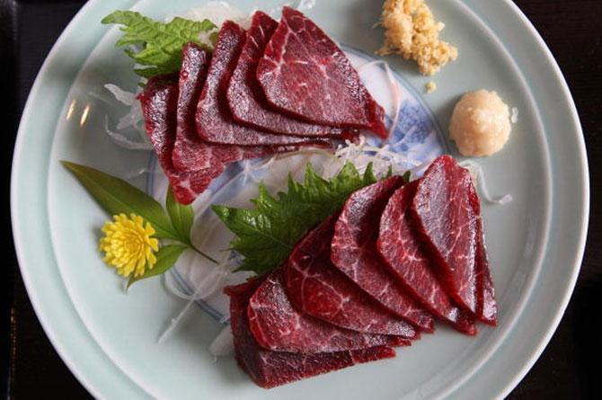 Kết quả hình ảnh cho nhà hàng thịt cá voi tại Nhật bản