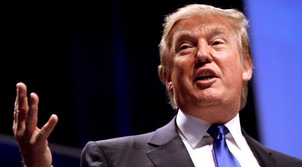 Ứng cử viên tổng thống Mỹ Donald Trump muốn 'đóng cửa Internet'
