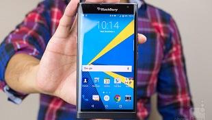 """BlackBerry Priv """"cháy hàng"""" trên Walmart"""