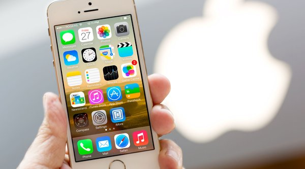 Doanh số iPhone sẽ giảm trong 2016?