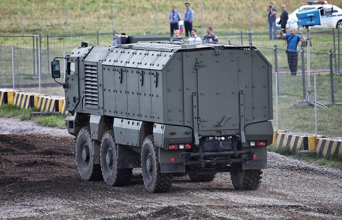 6 phát minh quân sự đầy hứa hẹn của ngành công nghiệp quốc phòng Nga