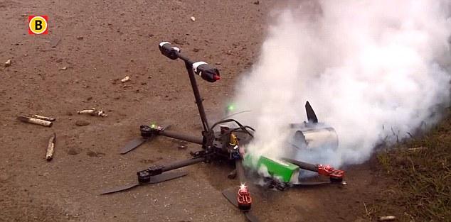 Tổng hợp video các sự cố drone trong Giáng Sinh 2015