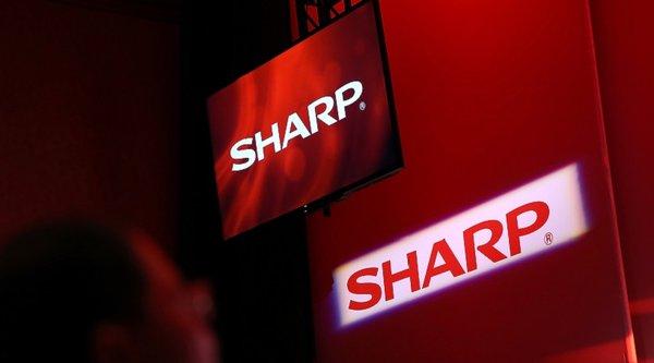 Sharp sắp bị Foxconn mua lại?