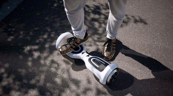 Chính trị gia New York muốn hợp pháp hoá hoverboard