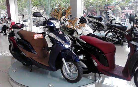 Xe máy cũng phải sang: Dân Việt chơi tay ga