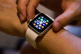 Apple Watch chính hãng có giá từ 11,59 triệu đồng tại Việt Nam