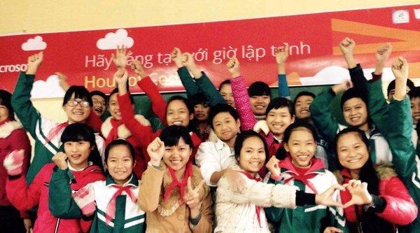 Gần 50.000 học sinh tham dự Giờ Lập trình 2015 tại Việt Nam